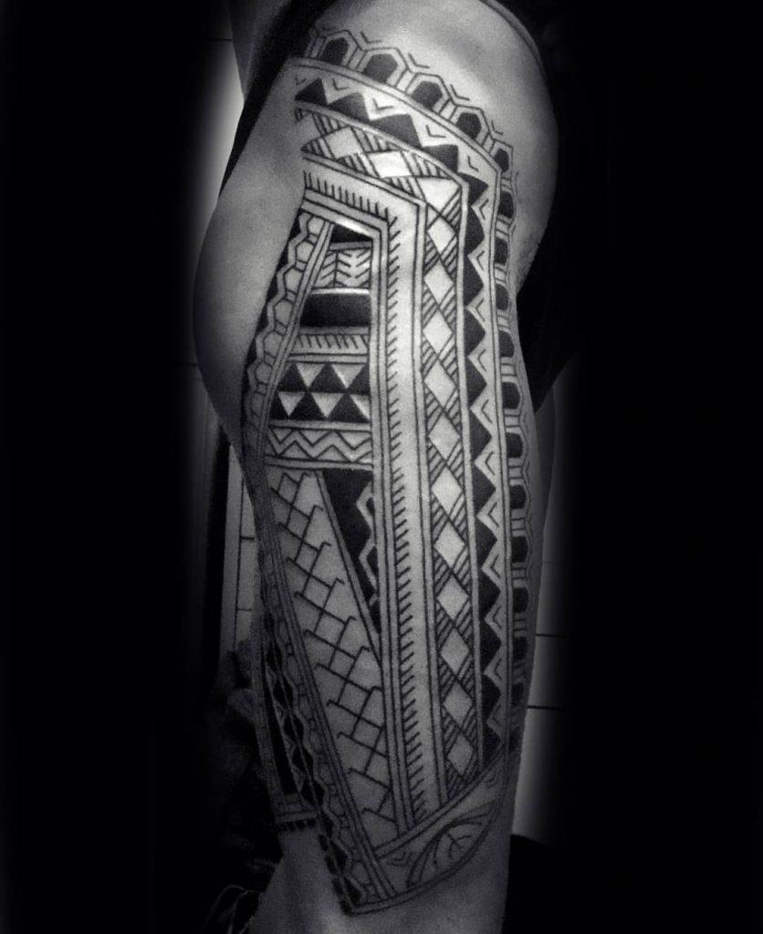 tatuaje-polinesio-barcelona-41-836x1024